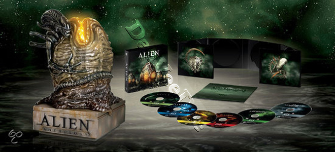 Alien Anthology Collection (4 Films) - 6-Disc Box Set and Illuminated Egg Statue (Blu-Ray)